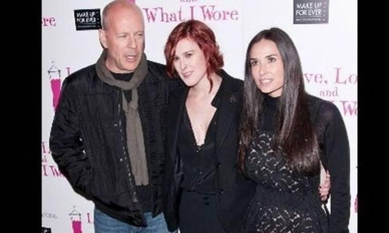 Bruce Willis: Απειλεί να αφήσει άφραγκες τις κόρες του αν δεν τα βρουν με την μητέρα τους