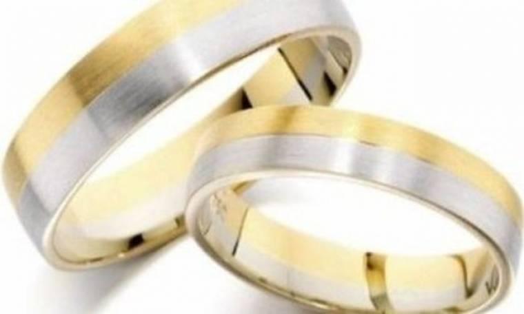 Πόσο κοστίζουν οι βέρες του γάμου και πόσο καιρό πριν πρέπει να τις παραγγείλω;