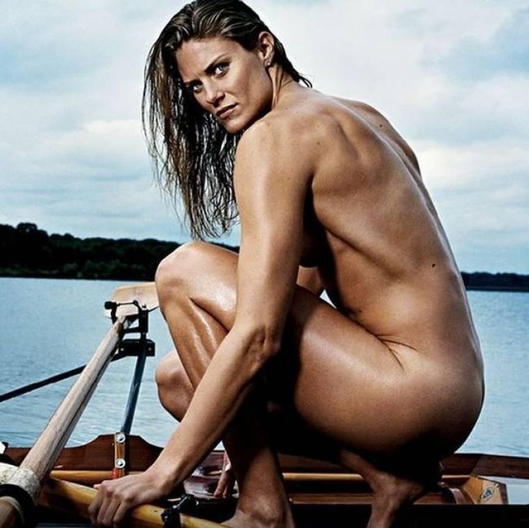 Κι όμως δεν είναι μοντέλο, είναι η Susan Francia και θα τη δεις να κωπηλατεί στους Ολυμπιακούς Αγώνες για χάρη των ΗΠΑ
