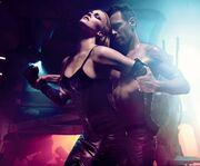 Charlize Theron: «Παιχνίδι» με τις αισθήσεις