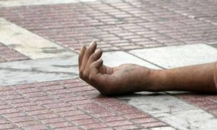 Σοκαριστικό: Άγνωστοι έκαψαν ζωντανό έναν άστεγο