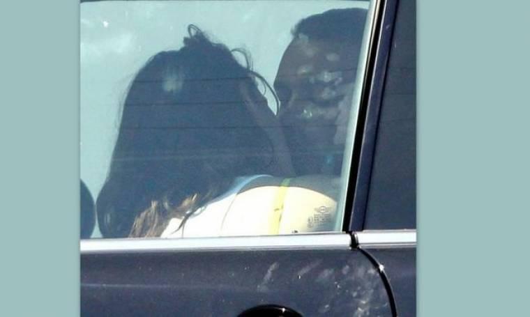 Kristen Stewart- Rupert Sanders: Τα «καυτά» φιλιά τους μέσα στο αυτοκίνητο