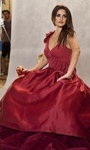 Η Penelope στα κόκκινα