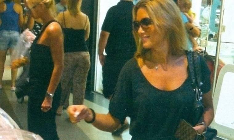 Στέλλα Καλλή: Βόλτα και ψώνια στη Θεσσαλονίκη!