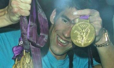 O Phelps πήρε τα μετάλλια, την ξανθιά και πήγε για clubbing (pics)