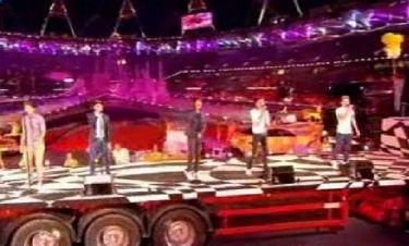 Ολυμπιακοί Αγώνες 2012: One Direction: Πάνω σε νταλίκα εμφανίστηκαν στην τελετή λήξης