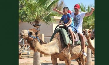 Peter Andre: Σε Camel Park με τα παιδιά του