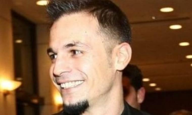 Ντέμης Νικολαΐδης: Τι χρώμα έβαψε τα μαλλιά του;