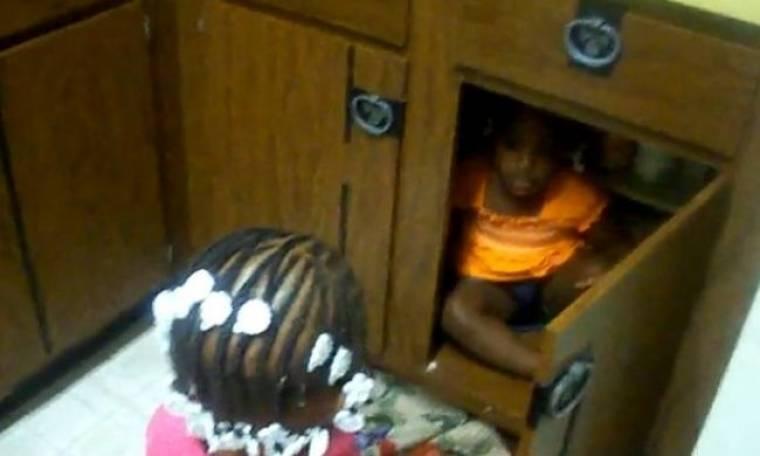 Βίντεο: «Θα σε κλείσω στο ντουλάπι σου λέω…»