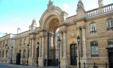 Γαλλία: Έκλεψαν τα σχέδια του Προεδρικού Μεγάρου