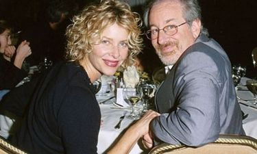 Steven Spielberg: Και φέτος επισκέφθηκε την Σαντορίνη με την οικογένειά του