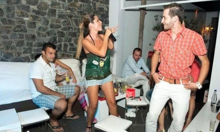 Χρύσπα: Ρετουσαρισμένος ή μή…ο πωπός της μετράει στη Χαλκίδα!!!! (Nassos blog)