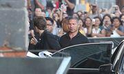 Robert Pattinson: Πανικός έξω από τα πλατό του Jimmy Kimmel Live
