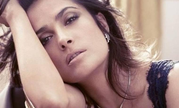 Η Salma Hayek φωτογραφίζεται για το Vogue