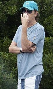 Θα αγοράζατε λεμονάδα από τον Paul McCartney;