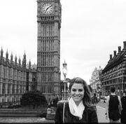Η Μενούνος πήγε Λονδίνο και ανεβάζει φωτογραφίες στο instagram!