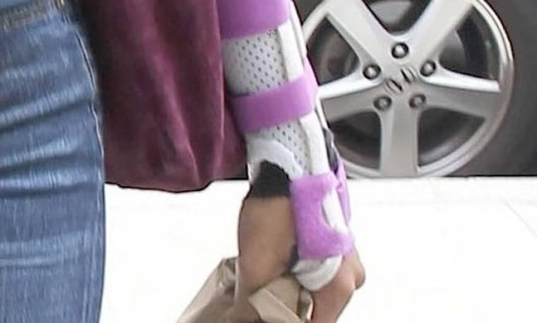 Ποια είναι η τραυματίας;