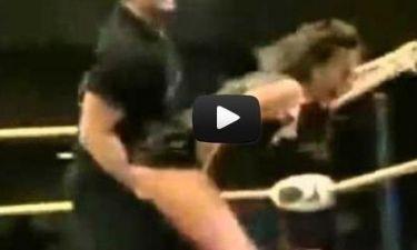 Σέξι βίντεο: Τη σήκωσε στον αέρα...