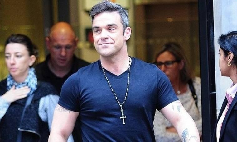 Robbie Williams: Γιατί καβγαδίζει με την εγκυμονούσα σύζυγό του;