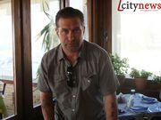 Ποιος star του Hollywood κάνει διακοπές στο… Λουτράκι;