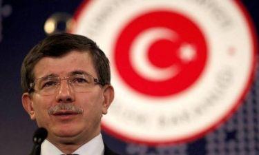 Προκαλεί ο Τούρκος βουλευτής: Υψώθηκε ελληνική σημαία σε νησί μας!