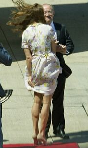 Kate Middleton: Φύσα αγέρα, φύσα! (φωτό)