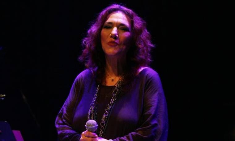 Η Ελένη Βιτάλη στο Βεάκειο Θέατρο Πειραιά-Δείτε φωτογραφίες