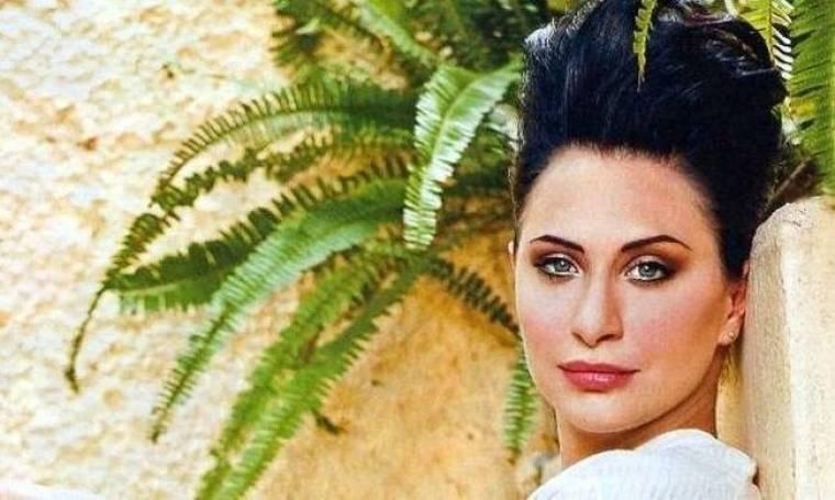 Φαίη Ζαφειράκου: «Αισθάνομαι περισσότερο μανούλα και λιγότερο γυναίκα»
