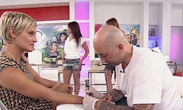 Ελεονώρα Μελέτη: Έκανε tattoo live στην εκπομπή!