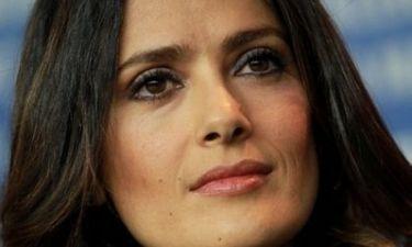 Η Salma Hayek προτείνει το πιο παράξενο beauty tip που έχετε ακούσει