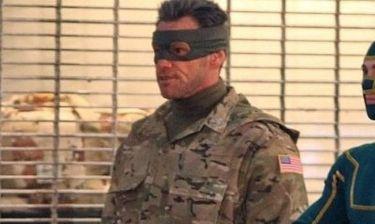 Αναγνωρίζετε τον ηθοποιό με τα στρατιωτικά;