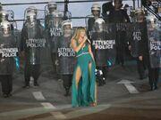 «20 χρόνια Φοίβος»: Η εντυπωσιακή Γαρμπή, το κλειστό μικρόφωνο του Νίνο και το «λάθος» με την Κωνσταντίνα
