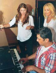 Θεοδωρίδου-Παπαρίζου:  Στην ηχογράφηση του ντουέτου τους με την υπογραφή του Γιώργου Θεοφάνους (φωτό)