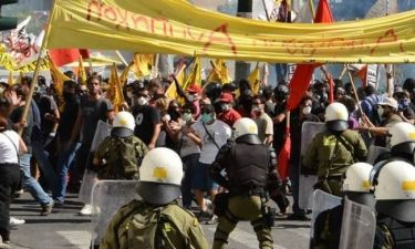 Χιλιάδες διαδηλωτές ενάντια στα νέα μέτρα