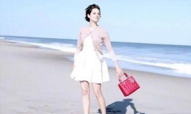 Η Marion Cotillard χορεύει για τον Dior