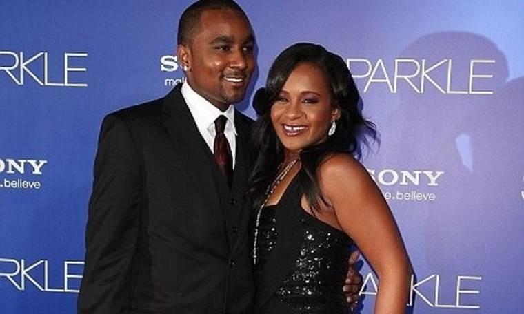 Bobbi Kristina: Η οικογένεια Houston θέλει να αλλάξουν οι όροι της διαθήκης της Whitney
