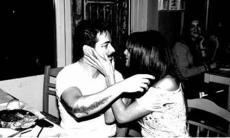 Αγγελική Ηλιάδη-Κώστας Μηλιωτάκης: Τα ερωτικά μηνύματα και η επανασύνδεση (Nassos blog)