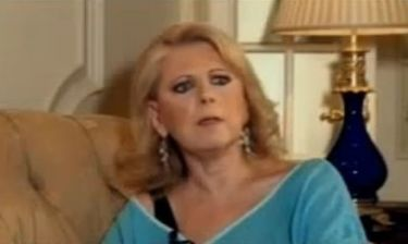 Έλενα Ακρίτα: «Τι θα κερδίσω αν με συμπαθεί ή όχι ο κ. Μπέζος;»