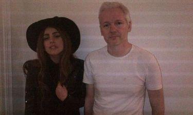 Όταν η Lady Gaga συνάντησε τον Julianne Assange