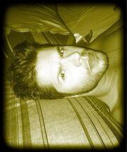 Δείτε τον Γιώργο Τσαλίκη στο κρεβάτι του λίγο πριν κοιμηθεί!