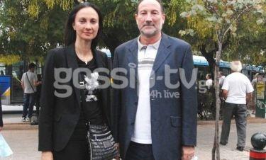 Έλενα Κουντουρά: Με τον αδερφό της Νίκο στη πορεία διαμαρτυρίας για την Άνγκελα Μέρκελ