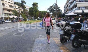 Μαρία Καλάβρια: Καφεδάκι και shopping στην Γλυφάδα