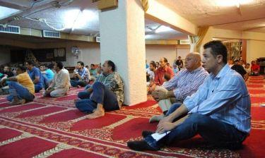 «Αυτοψία» στα υπόγεια γκαράζ που έχουν μετατραπεί σε τζαμιά!