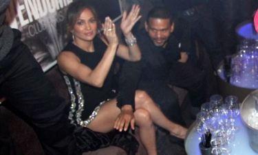 Η Jennifer Lopez με σούπερ μίνι στα γενέθλια της αδερφής της