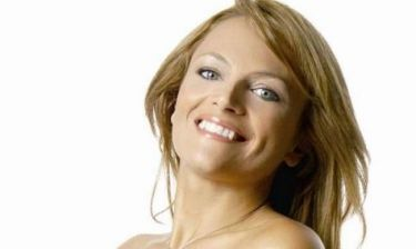 Η Χριστίνα Λαμπίρη σκέφτεται άλλη μια αλλαγή για τα μαλλιά της
