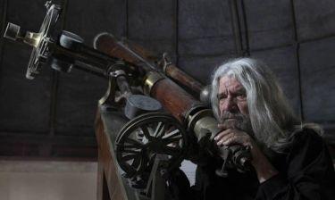 Ο Άγγελος Αντωνόπουλος στον Βίο του Γαλιλαίο Γαλιλέι!