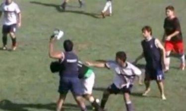 Διαιτητής απέβαλε όλους τους παίκτες σε ποδοσφαιρικό αγώνα! (video)