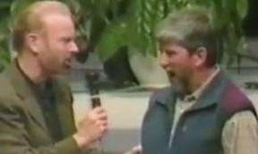 Βίντεο: Πάστορας κάνει εξορκισμό σε... γκέι δαίμονα του σεξ!
