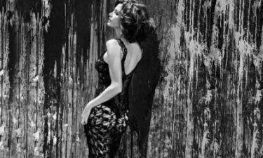 Hot hot hot! Δείτε τη φωτογράφηση της αγέραστης Cindy Crawford!