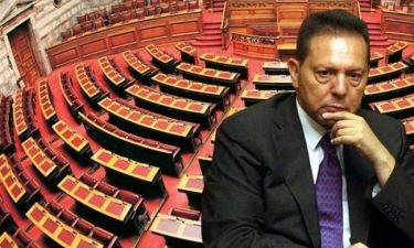Καταργούν το Κοινοβούλιο οι δανειστές